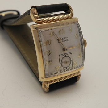 1945 Gruen Curvex Precision - Wristwatches