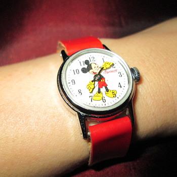 Ingersoll child/lady size Mickey Mouse watch - Wristwatches
