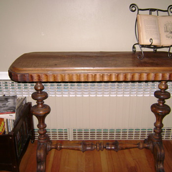 Antique sofa table - Furniture