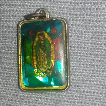 Religious Pendant found years ago - Fine Jewelry