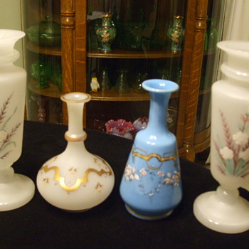 More French/European Robin Blue & White Opaline Examples - Art Glass
