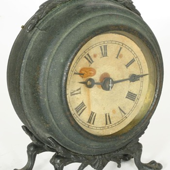 Hubbell Small Mantel Clock - Clocks