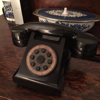 Ericsson LM Dek 9002 1941 - Telephones