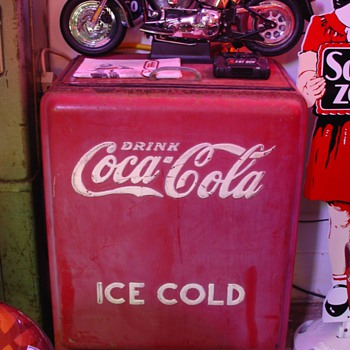 Junior Coca-Cola Cooler