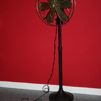 1920's general electric fan - Office