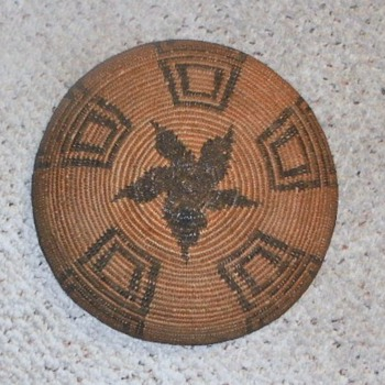 APACHE COIL BASKET bottom view - Native American