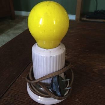 Memphis design style table lamp