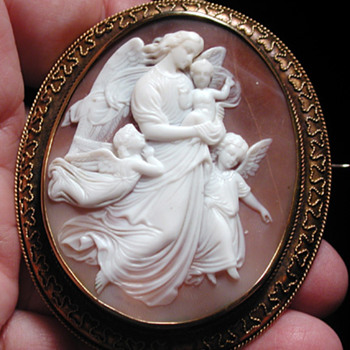 One of my favorite cameos Jesus with angels - Victorian Era