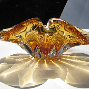 "Canadian ""Giovanni"" art glass bowl"