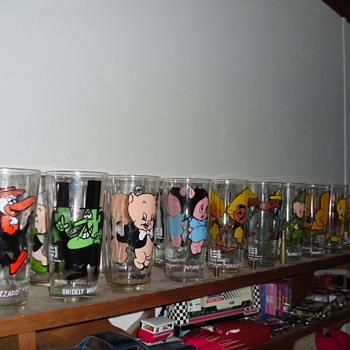 My VINTAGE LOONEY TUNES 16oz GLASSES - Glassware