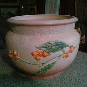 """Roseville """"Bittersweet"""" Jardinere #802-8/ Roseville Ohio USA /Circa 1951 - Pottery"""