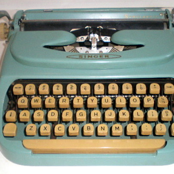 Vintage 1960's Aqua Singer Portable Typewriter - Office