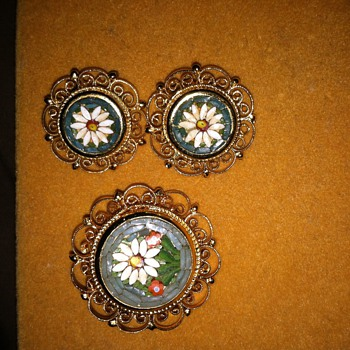 Mystery Era, Micro Mosaic Brooch & Matching Earrings