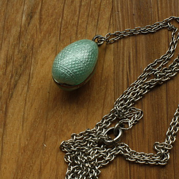 Mintgreen guilloché and enamel egg lavaliere