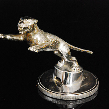 Rare Desmo Jaguar SS Car Mascot Mounted On Radiator Cap