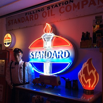 "A few new ""Standard Oil"" items. - Petroliana"