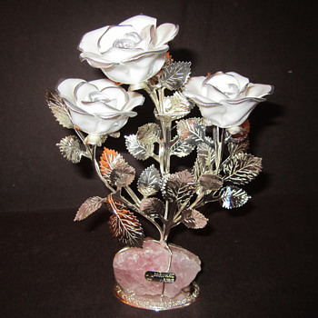 Gioielli Rose Quartz Stone, Chrome Floral, Enamel Roses
