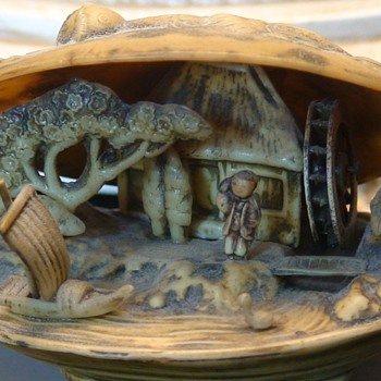 Japanese Scene In Clam Shell  Celluloid