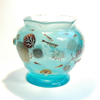 rare aquatic scene cristal vase by DESIRE CHRISTIAN for VALLERYSTHAL circa 1890-1898