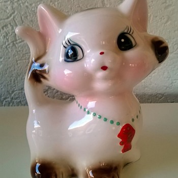 """Kitschy Kat"" Savings Bank Thrift Shop Find 50 Cents - Coin Operated"