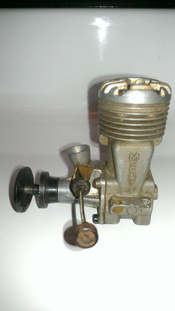Vintage Model Airplane Engine 16