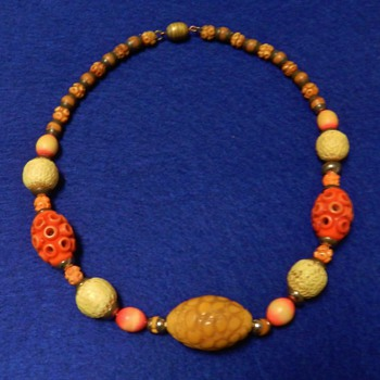 1910's-20's FRENCH Celluloid/Galalith Necklace - So Sweet! - Costume Jewelry