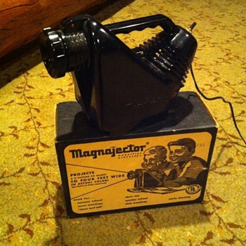 1960's Magnajector (magnifying projector)