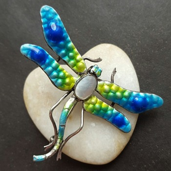 Early 20th century enamel dragonfly silver brooch GV and Co for Gourdel Vales. - Fine Jewelry