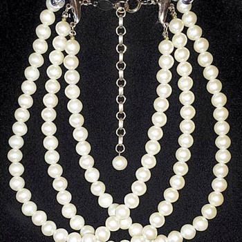 Faux Pearl Choker - Costume Jewelry