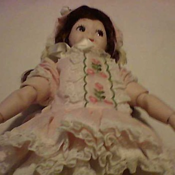 PORCELAIN  FLIRTY EYES DOLL - Dolls