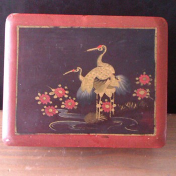 Old Japanese laque box