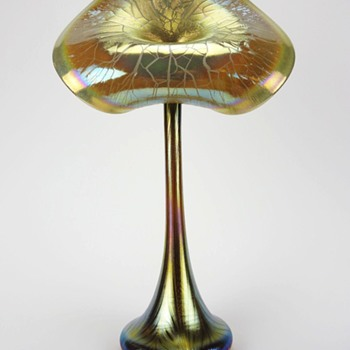 STUART ABELMAN GOLD AURENE JACK-IN-THE-PULPIT-VASE