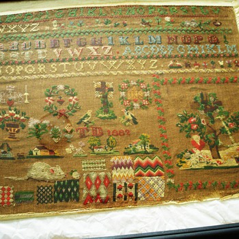 country sampler dated 1882 - Rugs and Textiles