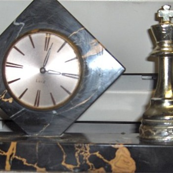 Black/Caramel Marble Wind Up Clock - Clocks