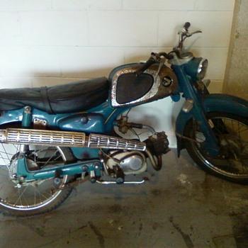 Honda C110 Motorcycle  - Motorcycles