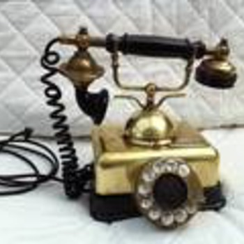 old antique brass telephone info please???? - Telephones