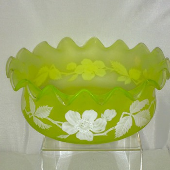 "Harrach White Enamelled Vaseline Ruffled Bowl 10""x 4.75"" - Art Glass"