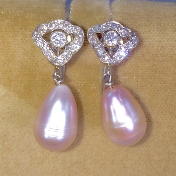 Art Deco OMC Diamond Platinum Ribbon Pink Pearl Drop Screwback Earrings