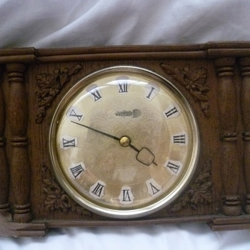 Vintage 1960's Scottish Westclox mantle clock.