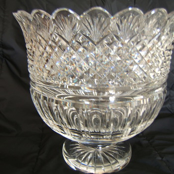 VINTAGE WATERFORD PRESENTATION BOWL  - Glassware
