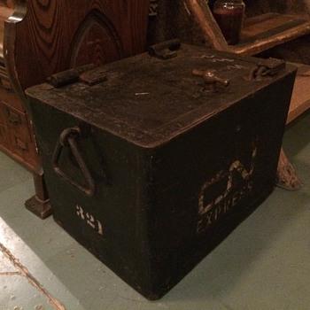 Canadian National Railway Safe/Strong box - Railroadiana