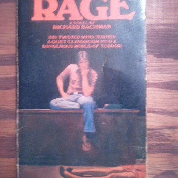 Richard Bachman's RAGE (aka Stephen King) - Books
