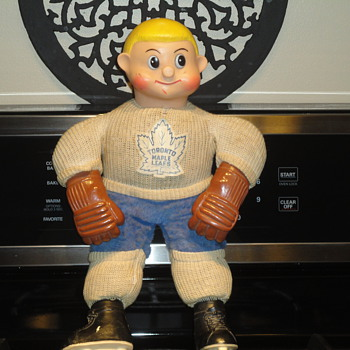 toronto maple leafs doll 1962 - Dolls