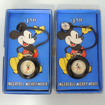 Mickey Lapel Watches - Wristwatches