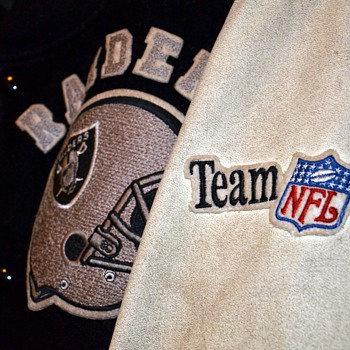 Old Raiders Jacket, but from when???