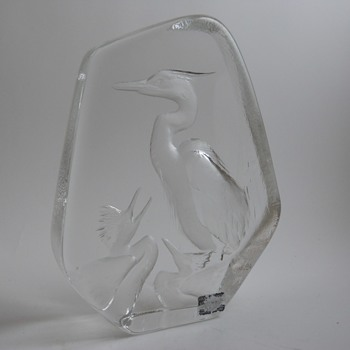 "Mats Jonasson""Great Blue Heron & Chicks"" Circa 20 Century - Art Glass"