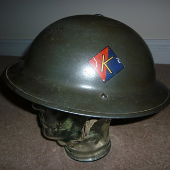 WW11 Royal Artillery steel helmet - Military and Wartime