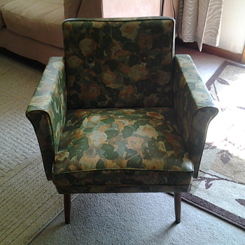 I would like to know about this chair - Furniture