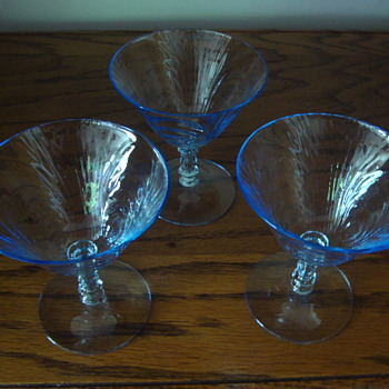 Glass Stemware with violet/bluish hue