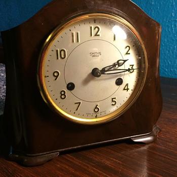 1950s Smiths Enfield Bakelite Mantel Clock